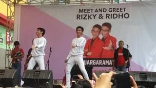 "RizkiRidho "" Yang Sedang Sedang Saja "" Meet and Great Ramayana Cengkareng 04 sept 2016"