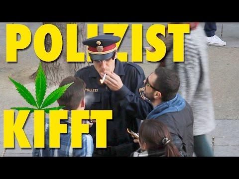 Polizei Prank - Polizist kifft öffentlich