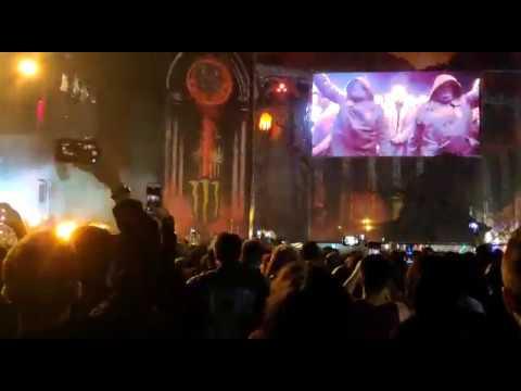 Así fue la espectacular salida al escenario de Parkway Drive en el Resu