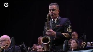 Почти сто лет оркестру: как военные моряки США играют джаз