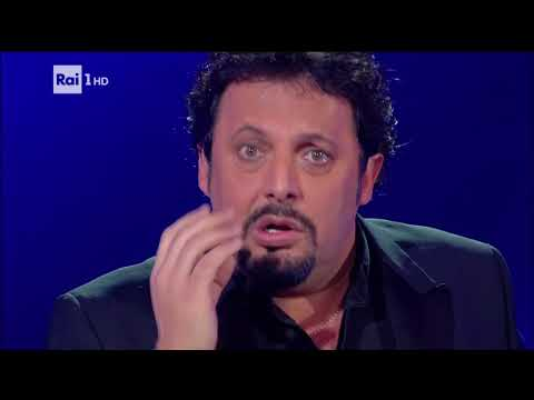 "Enrico Brignano ""La banca"" - Cavalli di battaglia 09/06/02018 from YouTube · Duration:  17 minutes 23 seconds"