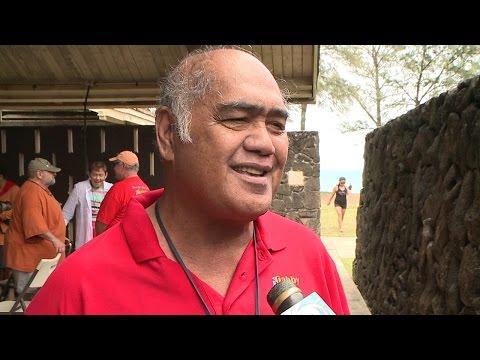 Hawaiian music icon Martin Pahinui dies at 65