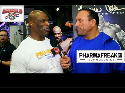 2013Arnold Expo Ronnie Coleman at his RCSS Booth!!!