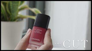 A Classic Red Nail Polish That Looks like Velvet