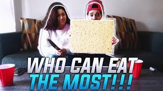 WHO CAN EAT THE MOST IN 2 MINUTES CHALLENGE!!! W/ GirlFriend