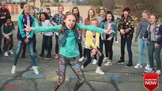 Gambar cover Riva Riva remix dance on school boys vs girl