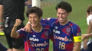 CKのチャンスからゴール前で混戦が生まれると、最後は岡崎 慎(FC東京)...