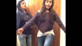 Deepthi Sunaina Mass Dance For Telangana Maisamma Song || Bonalu