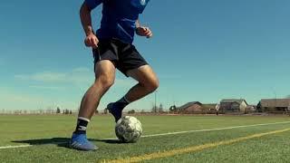 Ведение мяча внешними сторонами стопы с переступами