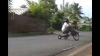 Drift Trike Tahiti 2013 (HAMUTA STREET)