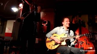 Daniel John Martin invite Adrien Moignard :: Blues En Mineur
