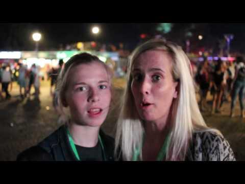 Vlog #4: Security, Karaoke & David Guetta