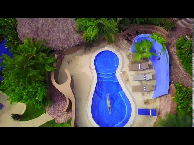 Sayulita drone pool w/Aydra