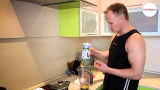 видео Как сделать протеиновый коктейль в домашних условиях для роста мышц