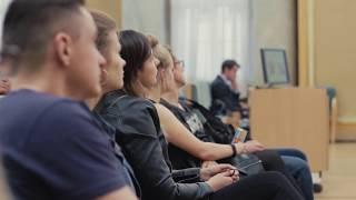 Uniforma- relacja z wykładu Szymona Bytniewskiego i Patrycji Wyciszkiewicz