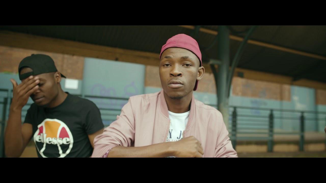 Download F-eezy Sab'igoli (Official Music Video)
