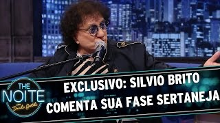 The Noite (18/05/15) - Exclusivo web: Silvio Brito comenta sua fase sertaneja