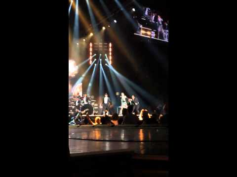 Madonna - Music (Get Stupid/Candy Shop) (Rebel Heart Tour Montreal september 10, 2015)