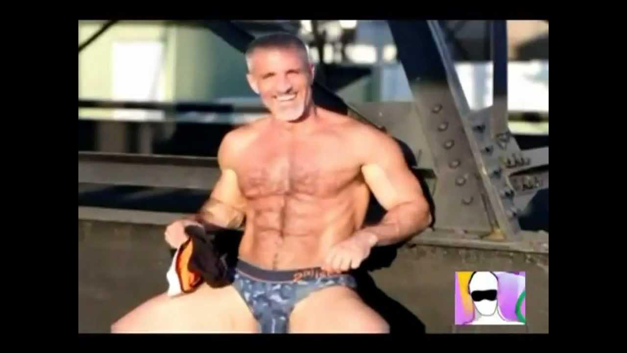 Mature gay oral vid
