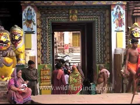 The Lingaraja Temple entrance in Bhubaneswar