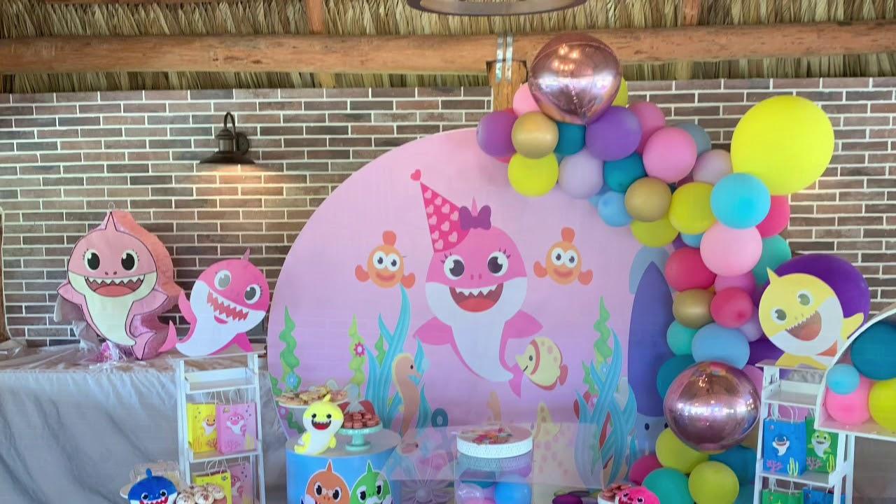 Baby Shark Girly Party - YouTube