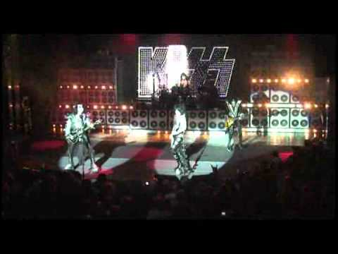 KISSONLINE EXCLUSIVE: Two Timer live from the KISS Kruise (low-res)