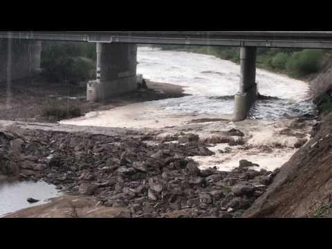07/28/2017 - Beginning of Monsoon Flash Flood - Santa Cruz River - Tucson AZ
