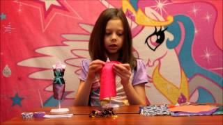 Делаем платье для куклы Барби Студия Дизайна Вечерние Платья Bondibon(Открываем Студию Дизайна, Вечерние платья от Бондибон. Благодаря этому набору можно самостоятельно делать..., 2015-11-30T09:39:37.000Z)