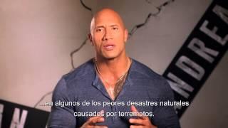 """BOMBEROS DE CHILE - Saludo de Dwayne Johnson """"La Roca"""" a los Bomberos de Chile"""