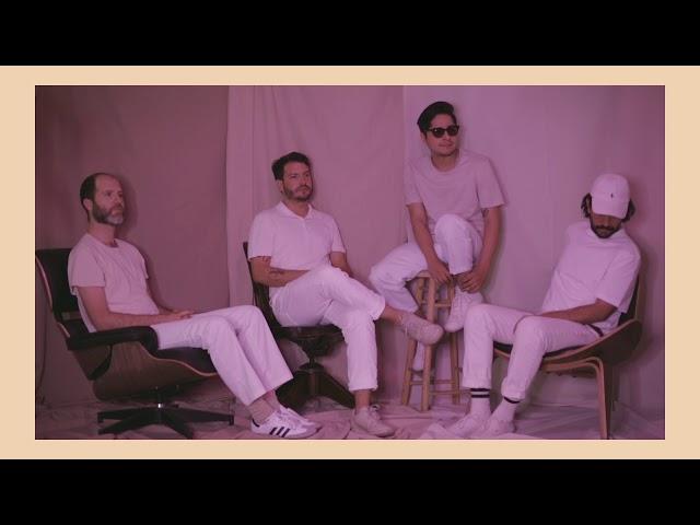 Technicolor Fabrics - Dos Mil Noches (Lyric Video Oficial)