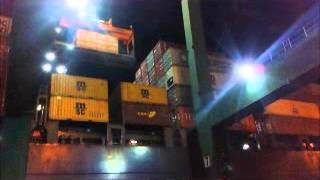 Oversize flat rack container loading on board container vessel (2)