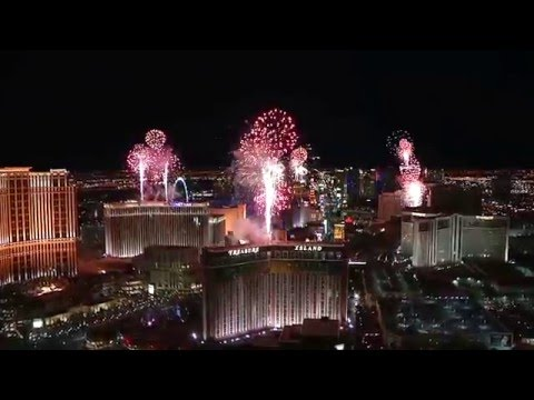 New Year's Eve Fireworks - Trump Hotel in Las Vegas