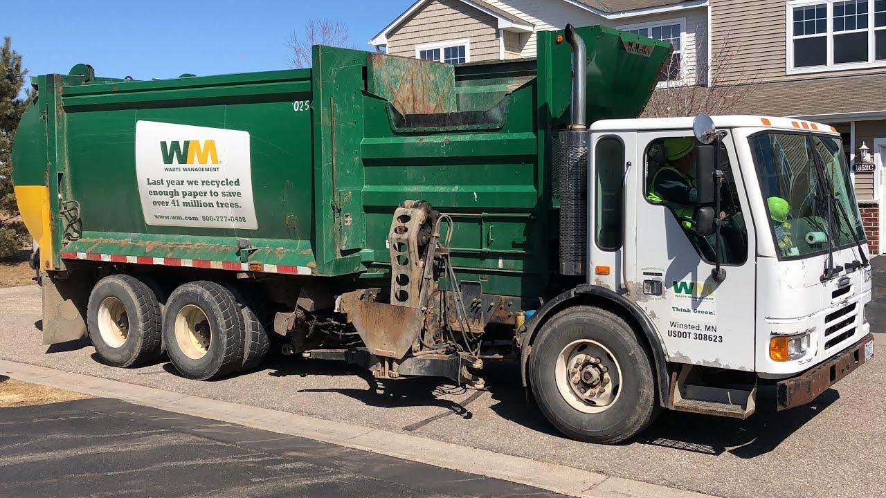 Waste Management Condor McNeilus Autoreach Garbage Truck