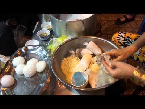 Chè Vỉa Hè Võ Văn Tần - Foody.vn