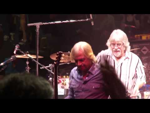 NYCB Theater at Westbury      Moody Blues say goodbye to fans