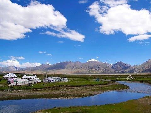 Beautiful Scenery on Qinghai-Tibet Plateau in China