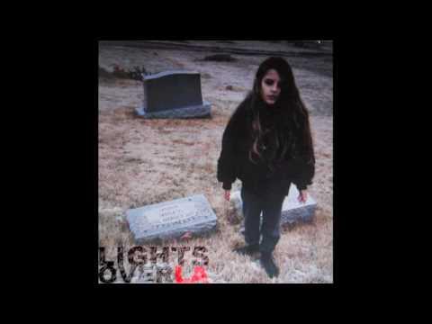 Crystal Castles - Vietnam (lightsoverla remix)