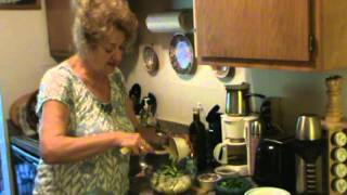 Салат из печени трески.mpg