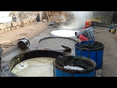 How Jaggery or Gur is Made from the Sugarcane?
