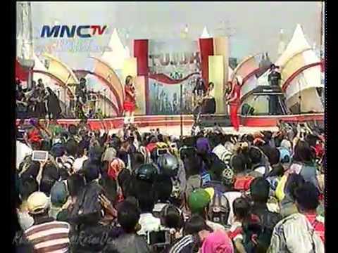 Download lagu baru MAHADEWA ft THE VIRGIN   CEMBURU @Tujuh Belasan MNCTV di ZingLagu.Com
