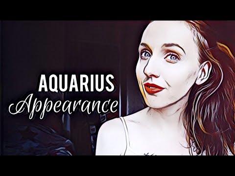 What Makes Aquarius Zodiac Signs So Beautiful, Per Astrology