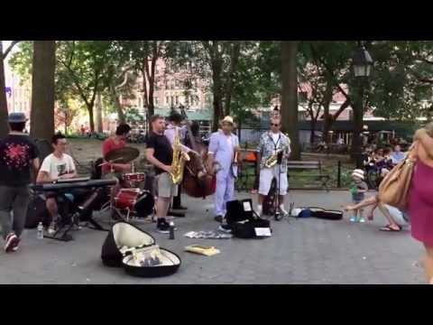 """Rasheed & The Jazz Collective Performing """"The Way You Look Tonight"""" in Washington Square Park"""