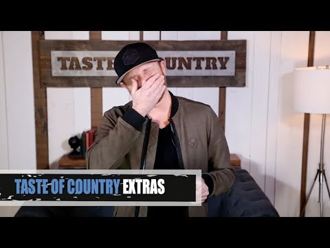 Cole Swindell Reads the Best (and Worst) Breakup Lines