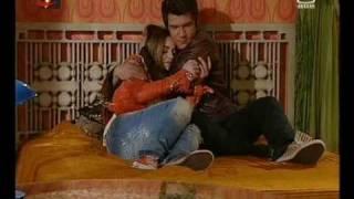 Rodrigo salva Madalena e depois fazem as pazes