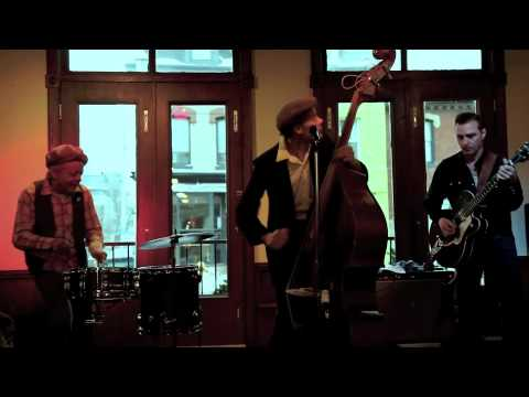 "Ronnie Hayward Trio ""Miss Pearl"""