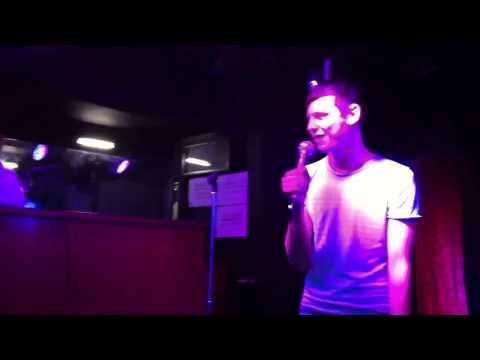 Scott Sings Hot Fudge - Robbie Williams