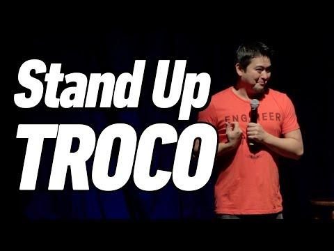 Download Youtube: TROCANDO DINHEIRO - Stand Up Comedy - André Santi