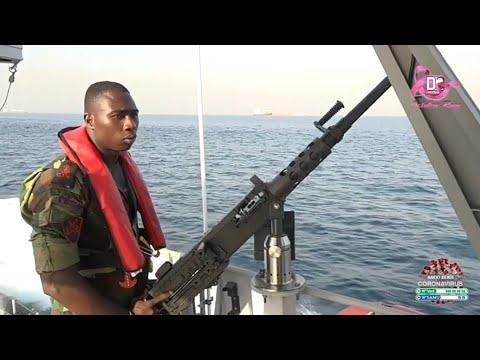 """Opération de patrouille : Virée en haute mer, à bord de """"l'ANAMBE"""", avec les soldats de la marine"""