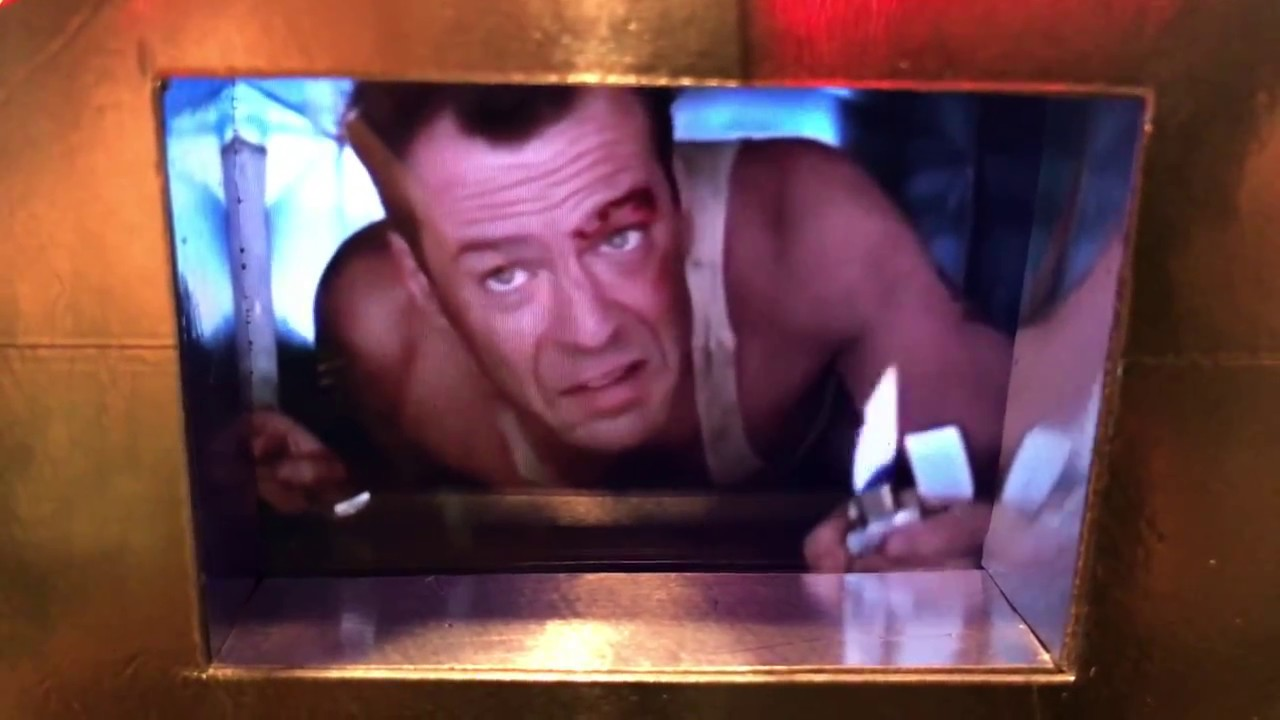Die Hard Christmas Tree Ornament Bruce Willis Classic Line - YouTube