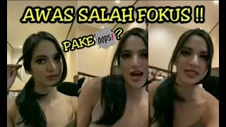 Download Video PENAMPILAN NIA RAMADHANI SEKSI BANGET KELIATAN MASIH KAYAK ANAK ABG !! MP3 3GP MP4